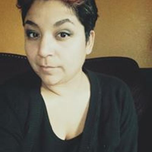 Angelica Chavez's avatar