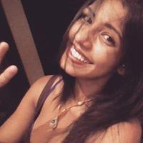 Pamela Carvalho's avatar