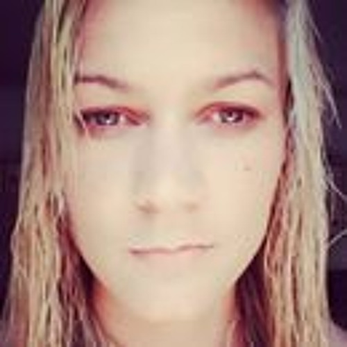 Nicole Daniels's avatar