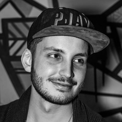 DJ Pjay's avatar