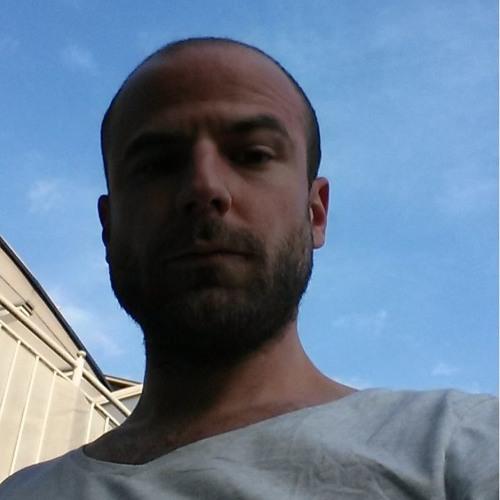 DaToni's avatar