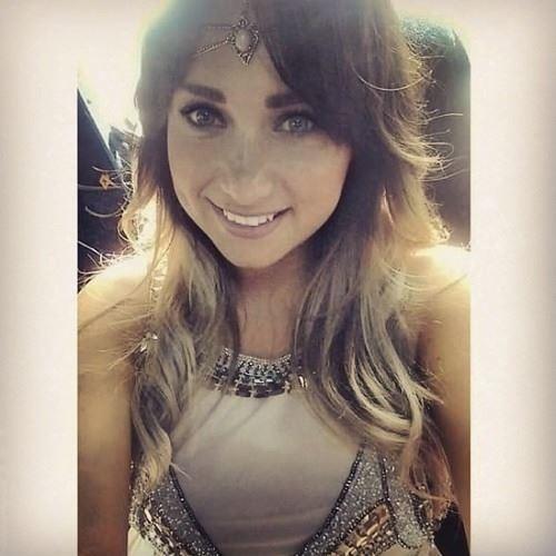 Violeta.Davis's avatar