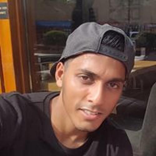 Riciano Thakoer's avatar
