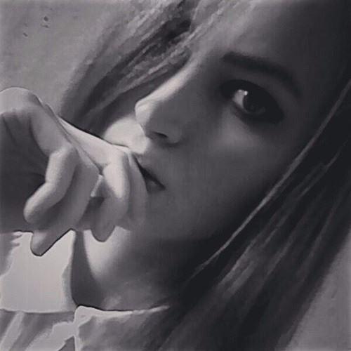 Liana.Alofer's avatar