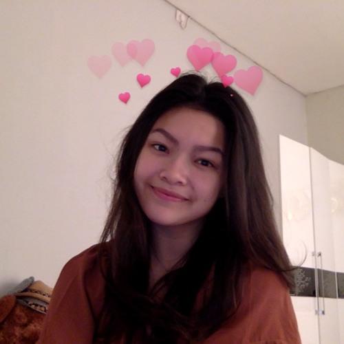 gladysmahadewi's avatar