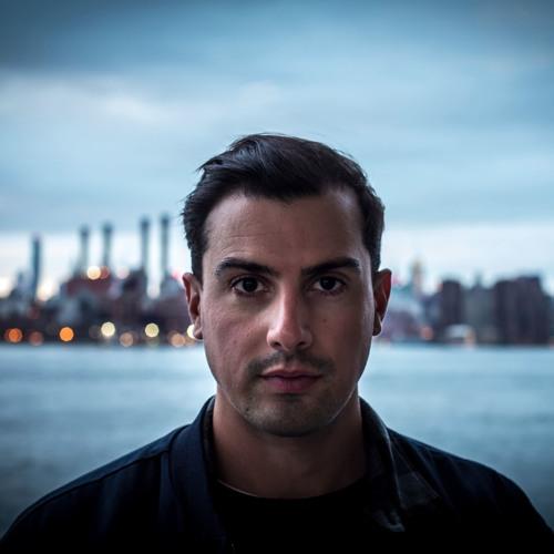 Luka Tacon's avatar