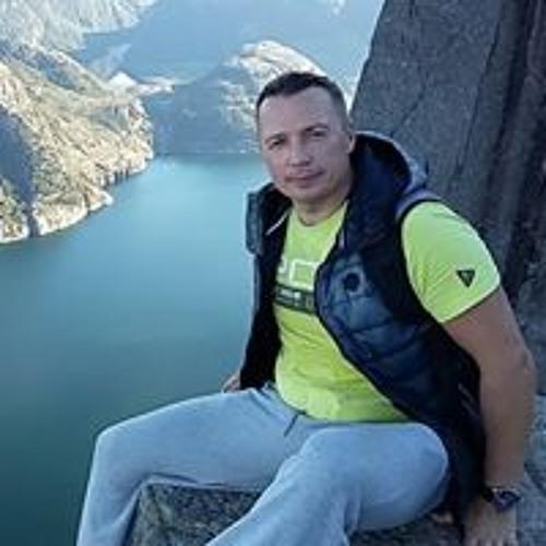 Tadeusz Wozniak's avatar