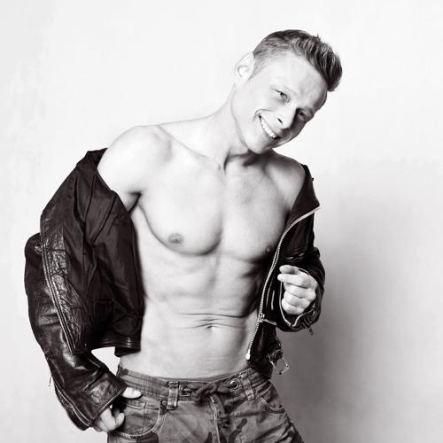 Jarek Simek's avatar