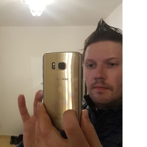 Peter Giesbrecht 2's avatar