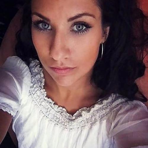 darlenediesdas's avatar