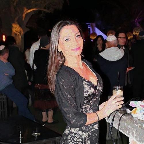 Ashley Miller's avatar