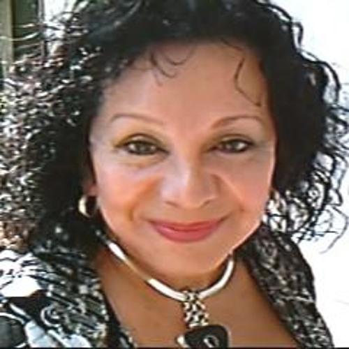Maya Dolena's avatar
