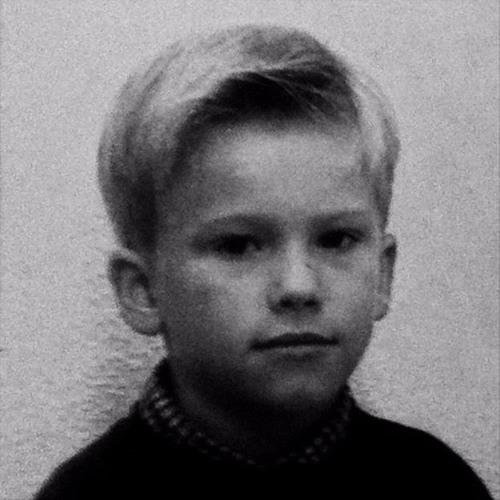 Eduardo Dhz's avatar