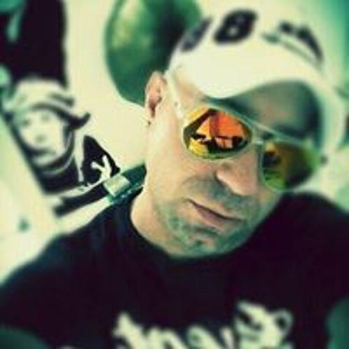 Djozan Bora's avatar