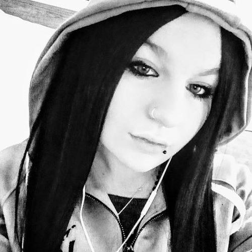 sharisse <3's avatar