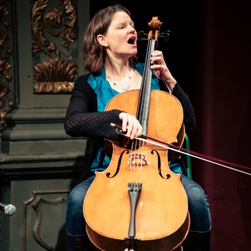 Sarah Cello's avatar