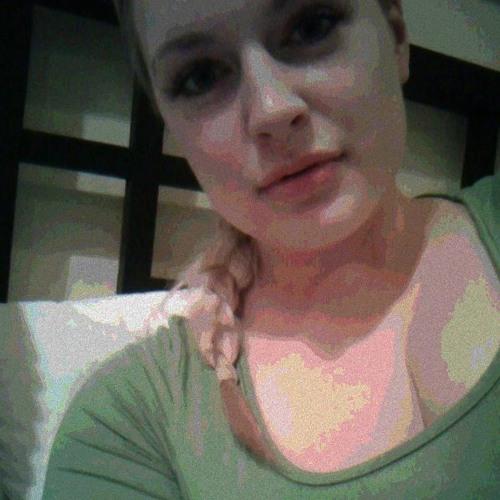 Berenice Cruz's avatar