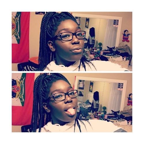 Lovely_Priscie's avatar