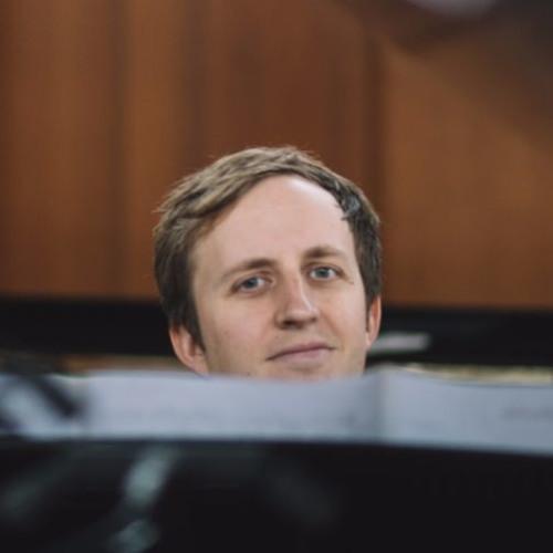 Tom Hewson's avatar