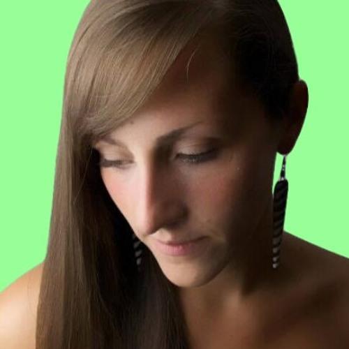 Gina Ellen's avatar