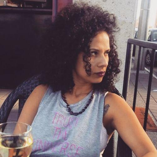 Rebeca Col's avatar