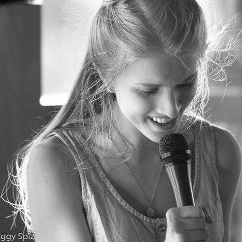Laura Rosok's avatar