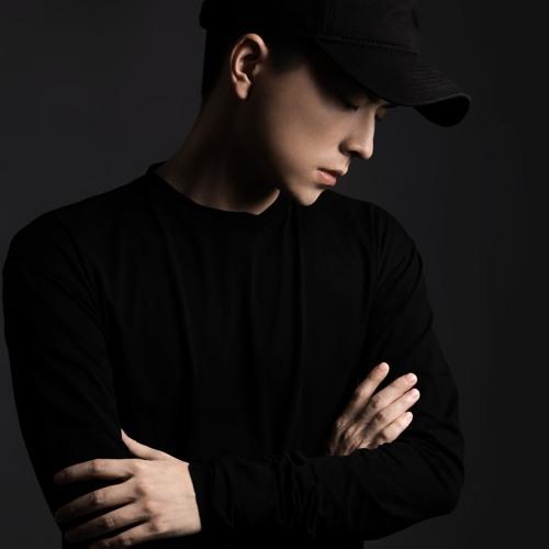 Curtis冷炫忱's avatar
