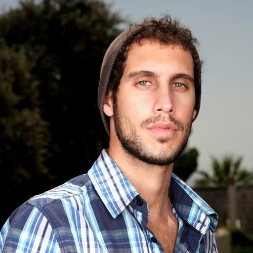 Gil Monteverde's avatar