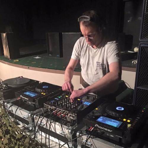 DJ BEANY's avatar