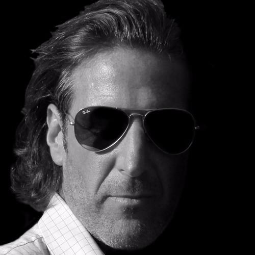 Raymond Bechard's avatar