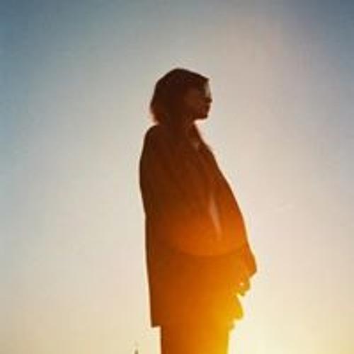 Katie Tatanashvili's avatar