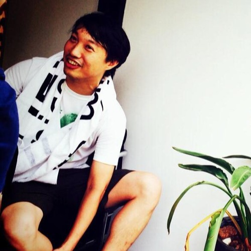 YØSHI's avatar