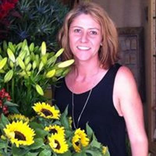 Rose Soutter's avatar