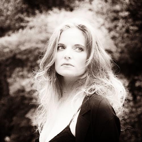 Suzanna Choffel's avatar