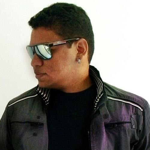 Leandro Moraes's avatar