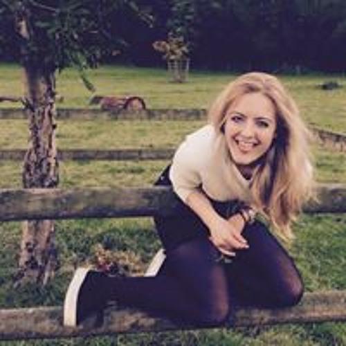Alannah Travers's avatar