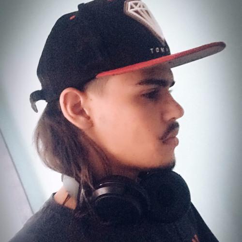 Grandark ✪'s avatar