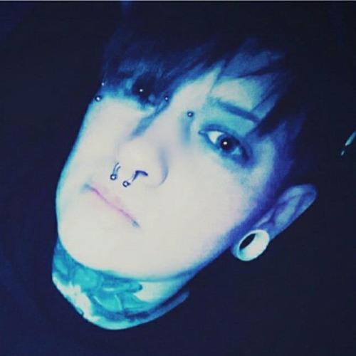 FℒOhOॐ's avatar
