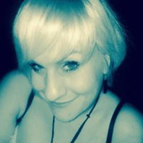 Lola Bunny Mala's avatar