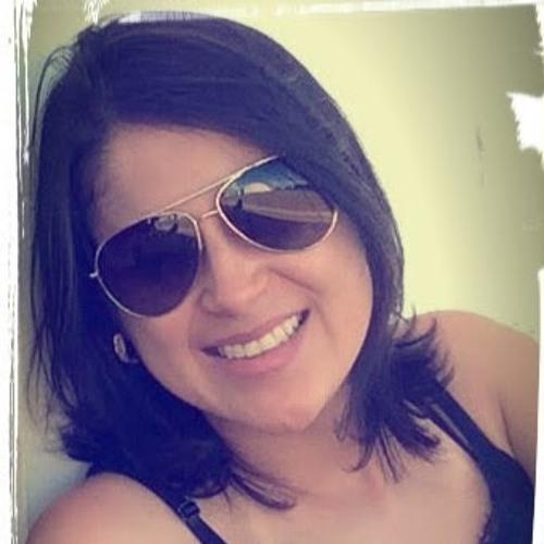 Luciana Anjo's avatar