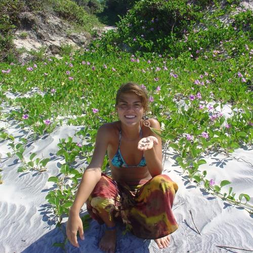 Andréa Carvalho 5's avatar