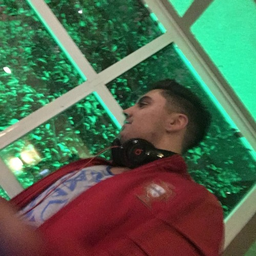 DJ TOMADNESS's avatar