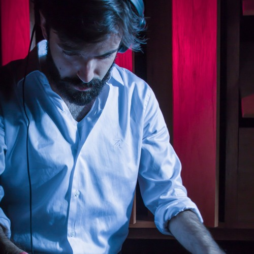 Lucas Rezende's avatar