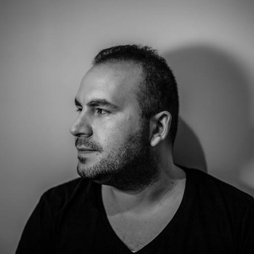 Tarik Kaya's avatar