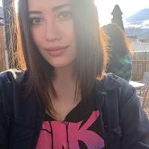 Jessica Machado's avatar