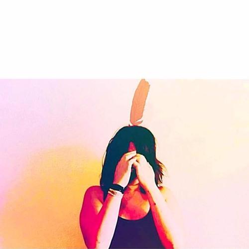 Azra Berg's avatar