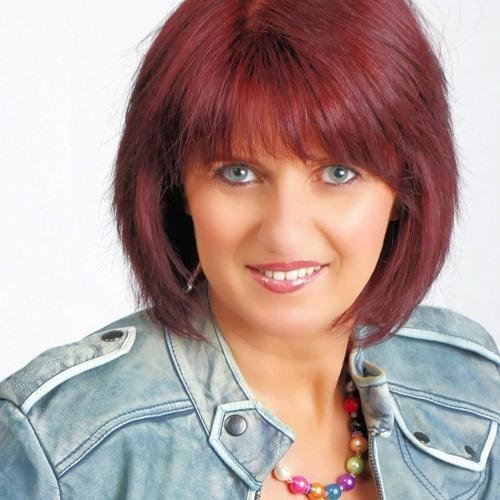 Corina Sommer's avatar