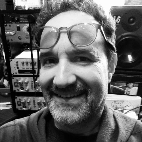 fffMusic/FencesComingDown's avatar