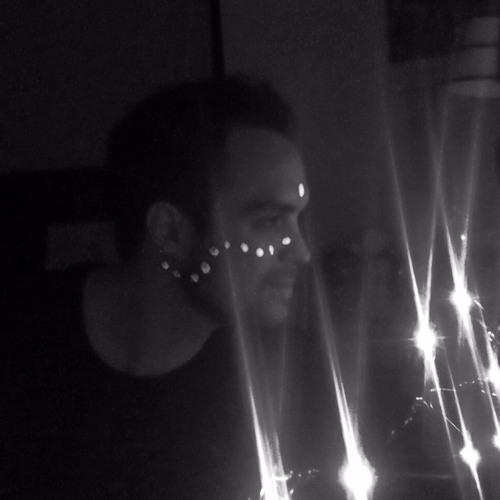 Andy Valda's avatar