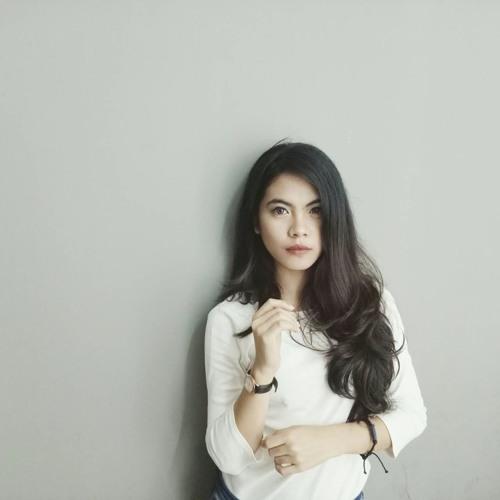 claudychatarina's avatar